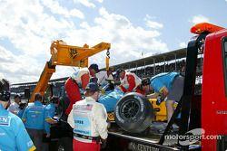 La voiture accidentée de Jarno Trulli