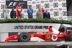 Подіум: 1. Міхаель Шумахер, Ferrari. 2. Кімі Райкконен, McLaren-Mercedes. 3. Sauber-Petronas