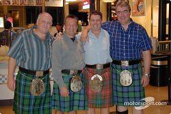 Club de fans de David Coulthard va de compras en Indianápolis