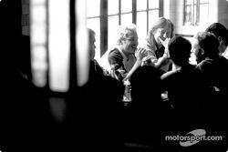Jacques Villeneuve avec ses amis