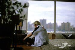 Jacques Villeneuve se relax dans un loft à New York