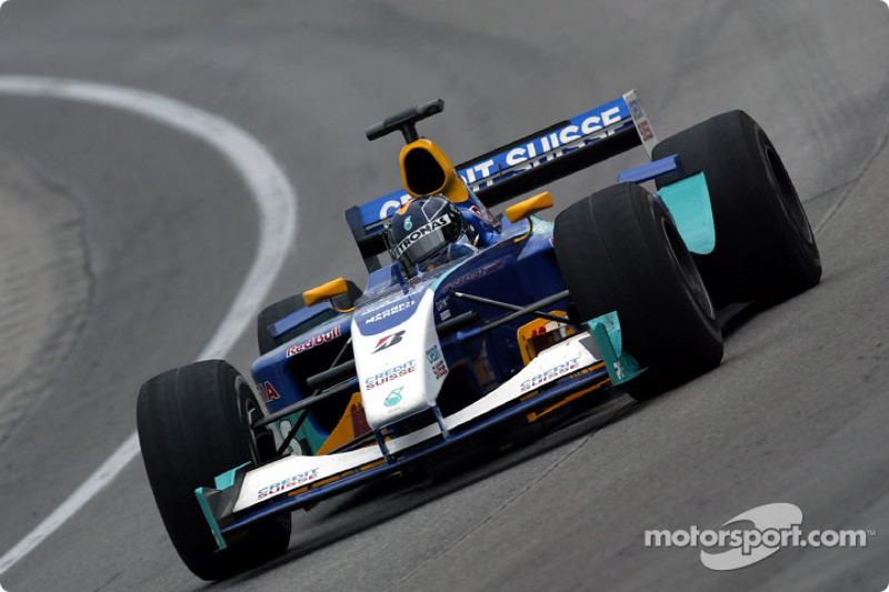 2003: Sauber-Petronas C22 (один подиум, 6-е место в КК)