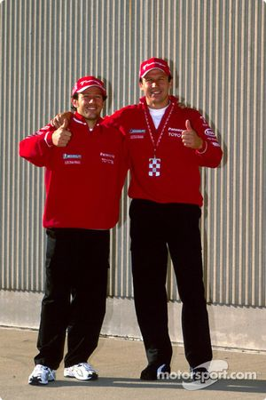 Photoshoot Toyota : Cristiano da Matta et Olivier Panis