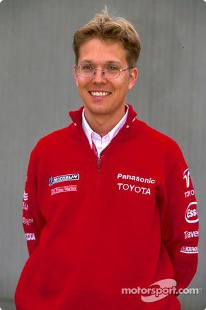 Photoshoot Toyota : Ossi Oikarinen, ingénieur de course