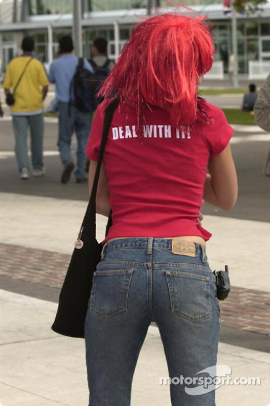 Le tee-shirt veut tout dire