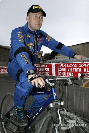 Kaj Lindström sur sa monture