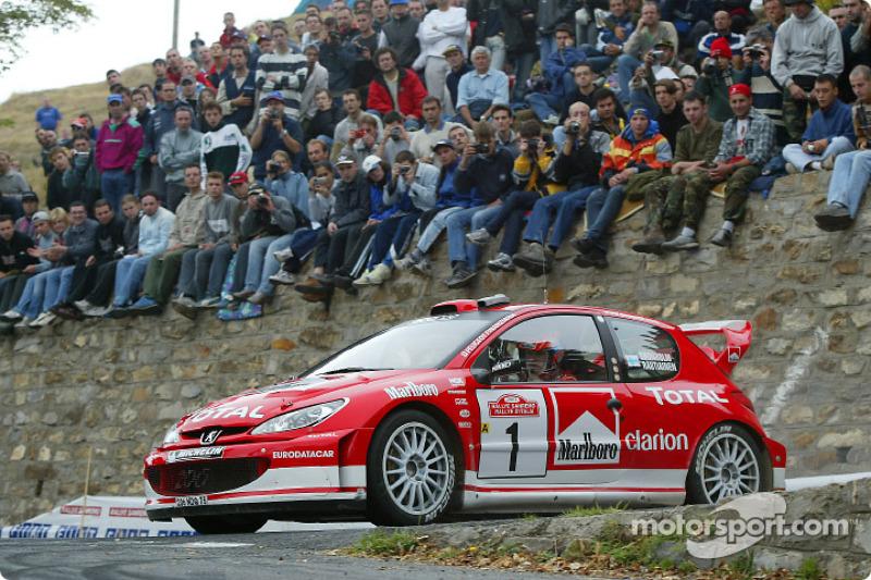 Marcus Grönholm, en el Rallye San Remo 2003
