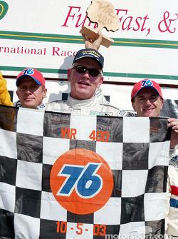 Podium DP : les vainqueurs Terry Borcheller, Forest Barber et Andy Pilgrim
