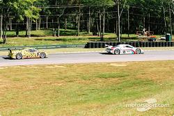 #59 Brumos Racing Porsche Fabcar: Hurley Haywood, J.C. France, et #8 G&W Motorsports BMW Picchio DP2