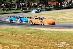 #40 Derhaag Motorsports Corvette: Simon Gregg, Kenny Wilden, et #48 Heritage Motorsports Mustang: Tommy Riggins, David Machavern