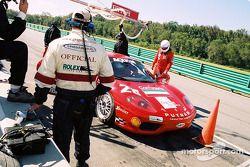 Arrêt au stand pour la #28 Scuderia Ferrari of Washington Ferrari 360 Challenge de Jeff Segal, Jim W