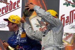 Podium : champagne pour Mattias Ekström et Marcel Fässler