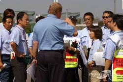 Reunión de funcionarios de la FIA