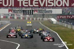 Start: Rubens Barrichello takes the lead
