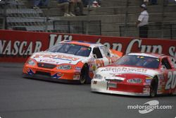 Kevin Harvick et Mike Bliss
