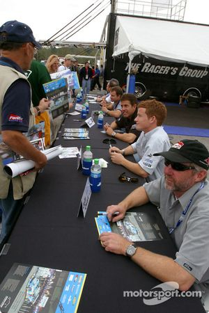 Autograph session: Jeff Zwart