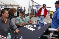 Séance d'autographes : Joe Foster, Brad Nyberg et Rick Skelton