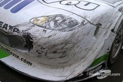 Des dégâts sur la voiture de Tomy Drissi
