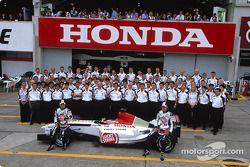 Takuma Sato, Jenson Button y el equipo BAR-Honda