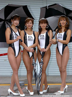 Lovely Japanese GP team members