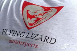 Un tee-shirt du Flying Lizard Motorsports