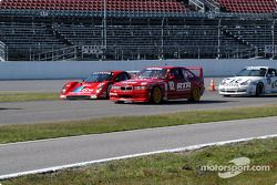 #92 RTR Motorsportz BMW M3: John Studdard, Don St. John, Jason Martinelli, et #27 Doran Lista Racing