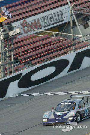 #54 Bell Motorsports Chevrolet Doran: Terry Borcheller, Forest Barber takes checkered flag