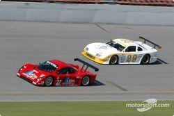 #27 Doran Lista Racing Toyota Doran: Didier Theys, Bill Auberlen, et #29 Sky Blue Racing Mustang: Woodson Duncan, Eric Curran, Stu Hayner