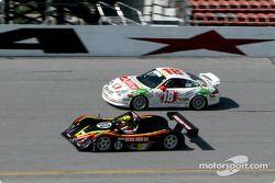#80 G&W Motorsports Nissan Lola: Robert Prilika, Davy Jones, Joe Masessa, et #18 ChevyLeavy.com Racing Team Camaro: Jon Leavy, Kenny Bupp Jr.
