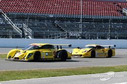 #9 Mears Motor Coach Ford Multimatic: Paul Mears Jr., Joe Varde, et #6 Gunnar Racing Porsche Gunnar GT1: Milt Minter, Chad McQueen, Gunnar Jeannette