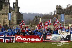 Des fans de Petter Solberg