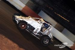 Ronnie Clark cruises to victory