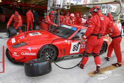 Entraînement aux arrêts au stand chez Veloqx Care Racing