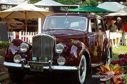 Mayor's trophy: 1959 Bentley S1