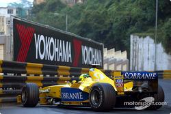 Ralph Firman queda atrapado en el circuito de Macau