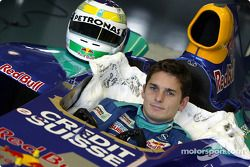 Seat fitting for Giancarlo Fisichella, Hinwil