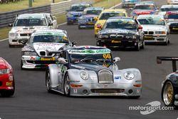 Départ : #66 Adam Sharpe Motorsport Morgan Aero 8: Adam Sharpe, Neil Cunningham, Keith Ahlers, Tom Shrimpton