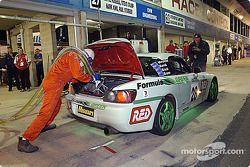 Arrêt au stand #28 Ross Palmer Motorsport Honda S2000 de Anton Mechtler, Charlie Kovacs, James Brock et Mark Brame