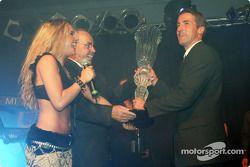Bernd Schneider celebrates 2003 championship