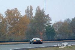 La #47 Cirtek Motorsport Ferrari Modena d'Andrea Montermini, Philipp Peter et Klaus Engelhorn part en tête-à-queue