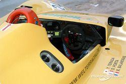 Cockpit de la #24 Rachel Welter WR Peugeot