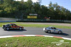 #62 SpeedSource Porsche 911: Scott Schlesinger, David Shep, et #44 HRPworld.com Acura Integra LS: Be
