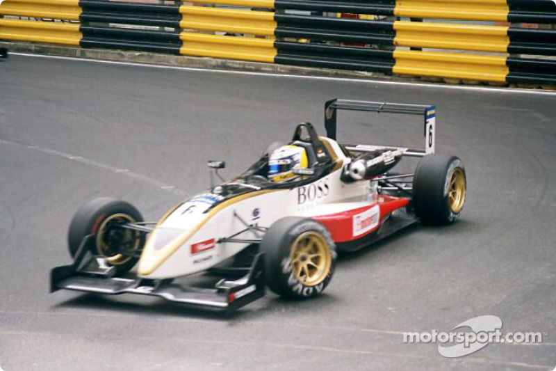 November 2003: 1. Start beim Formel-3-Klassiker in Macau