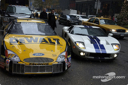 Fords go three wide in New York: Matt Kenseth returns to the Waldorf after taking his new GT40 for a