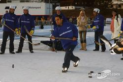 Juan Pablo Montoya plays ice hockey