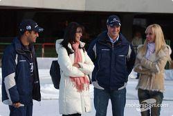 Juan Pablo Montoya avec sa femme Connie et Ralf Schumacher avec sa femme Cora
