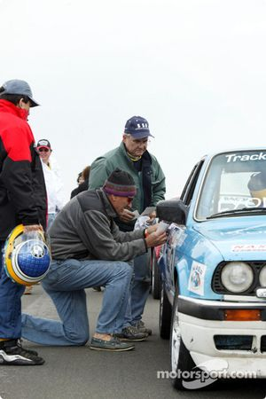 #3 Trackmasters Racing: Tom Miller, Gil Caravantes, Ron Thompson, Jim Tilley, Jeff Lyon
