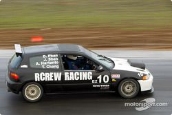 La n°10 du Rcrew Racing pilotée par Jim Shen, Andrie Hartanto, Dan Phan et Telly Chang