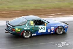La n°49 du Rain Sitty Racing pilotée par Craug Hillis, Jeffery Freeman, Mark Gibson, Michael Harley, Brian Welter et Bobby Piper