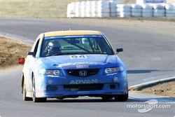 La n°94 du Spoon Sports / Opak Racing pilotée par Shinichi Katsura, Hishashi Tsukahara, Tatsuru Ichichaima et Hideki Okada